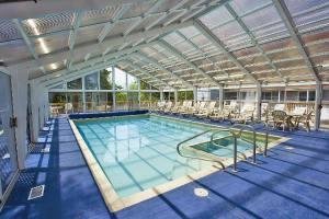 oceancliff swimmingpool